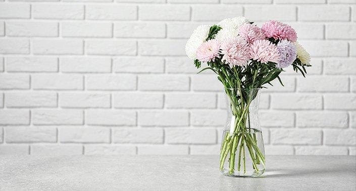 Vase mit Blumen für die Wohnung in Wilhelmshaven